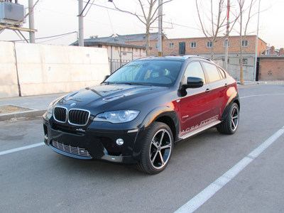 双拼色BMW ACS6秀情侣涂装