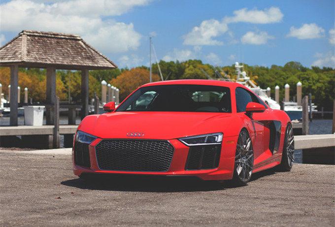帅到不行 换装Rotiform轮圈的New Audi R8