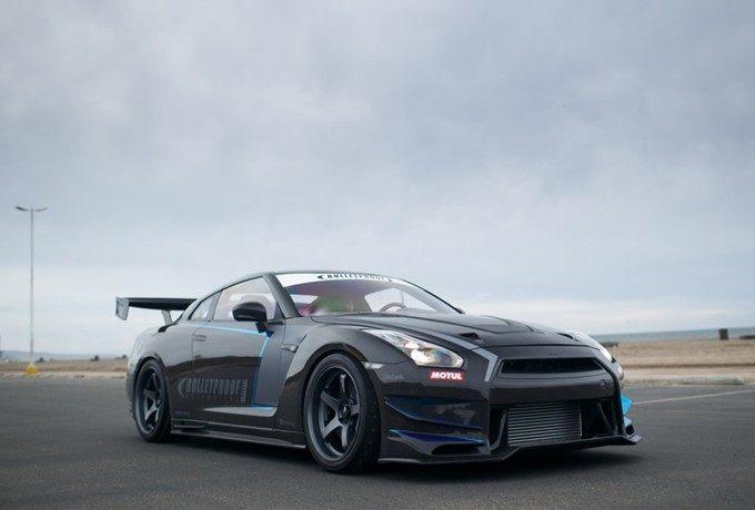 全车碳纤维材质 世界最轻最强改装GTR