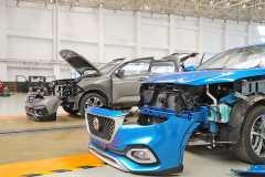 13万主流紧凑型SUV安全PK 智跑&名爵HS拆解全纪录