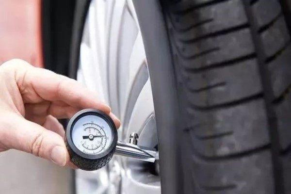 汽车轮胎标准胎压是多少?是2.3还是2.5?老司机来为你揭秘