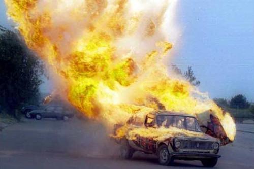 漏油引起爆炸