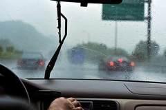 暴雨过后 该如何让保养自己的爱车