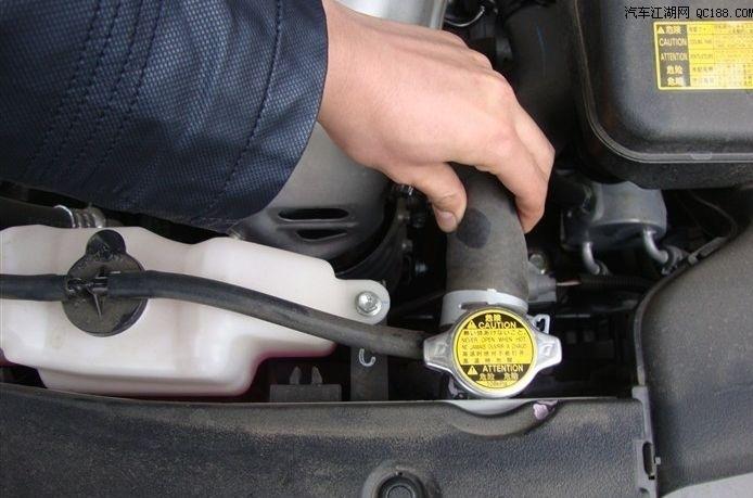 汽车保养总是加这个液那个水的,都有什么哪位大神给总结一下高清图片