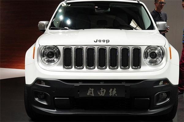 Jeep 自由侠.jpg