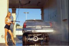 用水冲洗发动机仓风险高,易发生哪些问题?