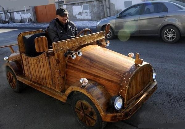 木质电动轿车.jpg