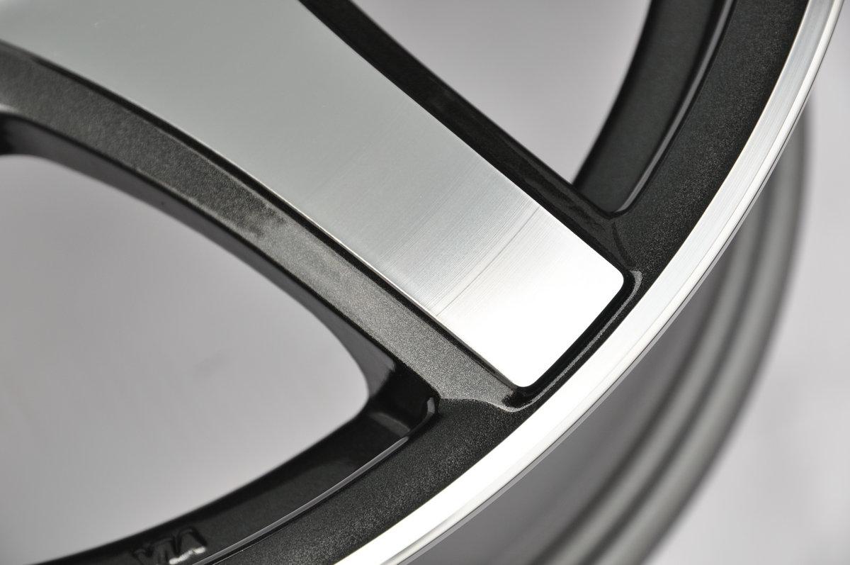 K3208赛车黑车面4孔08.JPG