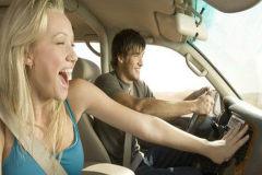 夏季開車,汽車空調使用的頻率相當大,那在車里使用空調都有什么需要注意的啊?