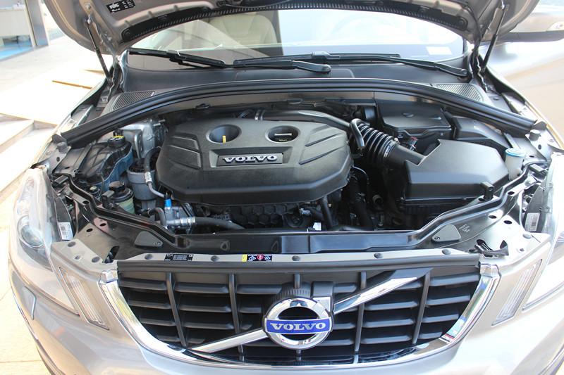 沃尔沃XC60发动机.jpg