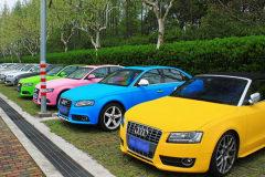 要提新车了,该定个什么颜色的好呢?颜色除了个人喜好,还需要注意别的方面吗?
