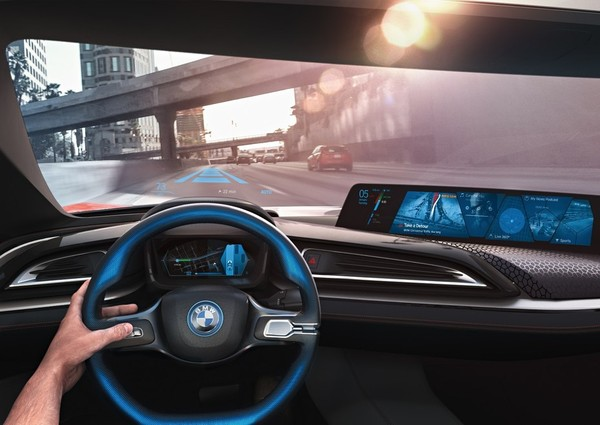 BMW i Vision Future Interaction 概念车.jpg