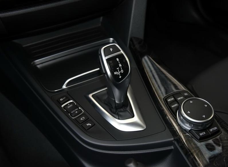 自动挡的档位设计为啥是PRND这个顺序呢 汽车设计师是出于什么样的高清图片