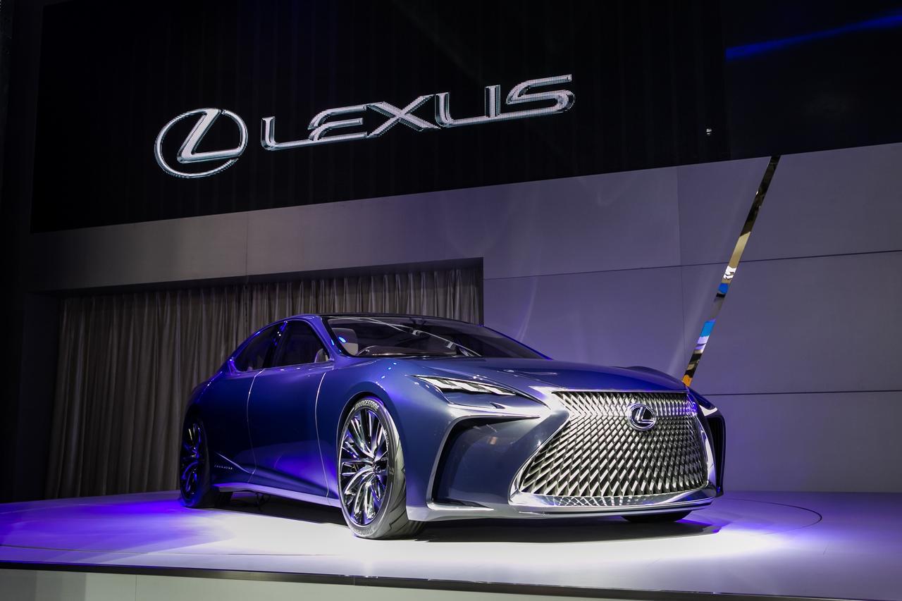 LEXUS雷克萨斯2016北京国际车展-全新雷克萨斯LF-FC概念旗舰轿车.jpg