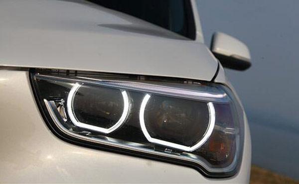 X1车灯.jpg