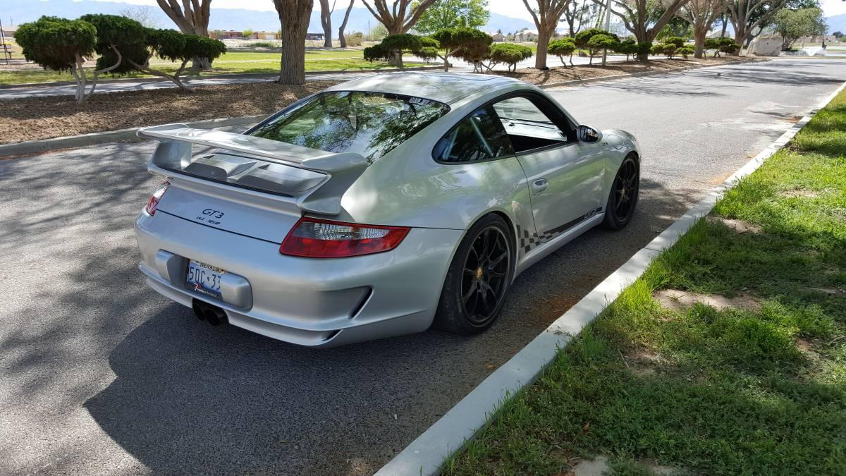 LS3-Porsche-911-GT3-3.jpg