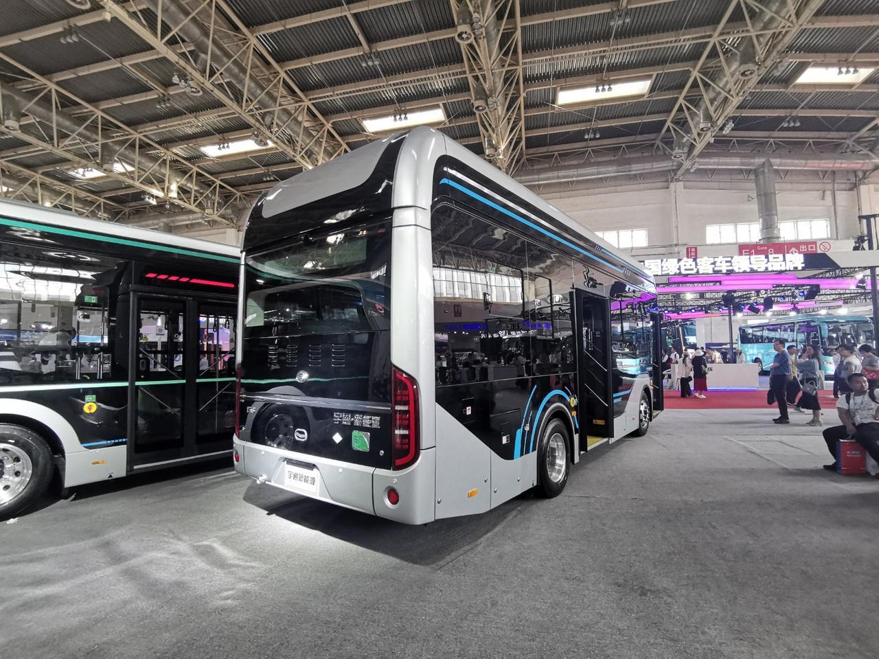 2019北京道路运输展 宇通自动驾驶巴士/新能源客车F8亮相